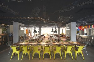 Luxury-Hotel-Design-France-Philippe-Starck-09