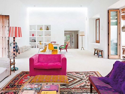 House tour : colorful house in Ibiza